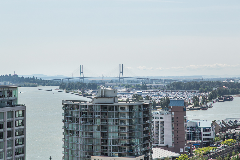 "Photo 15: 1806 39 SIXTH Street in New Westminster: Downtown NW Condo for sale in ""QUANTUM"" : MLS(r) # R2074909"