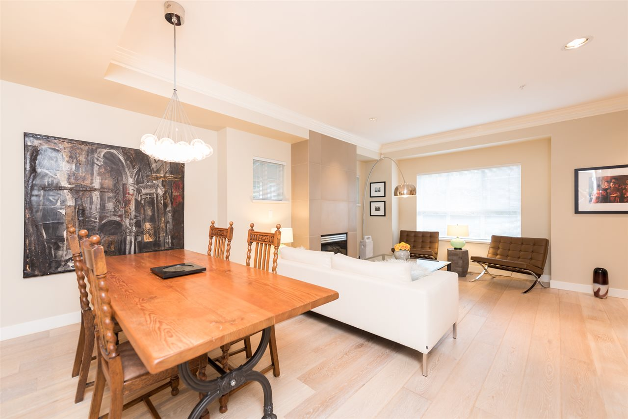 Photo 5: 18 2688 MOUNTAIN Highway in North Vancouver: Lynn Valley Townhouse for sale : MLS® # R2082198