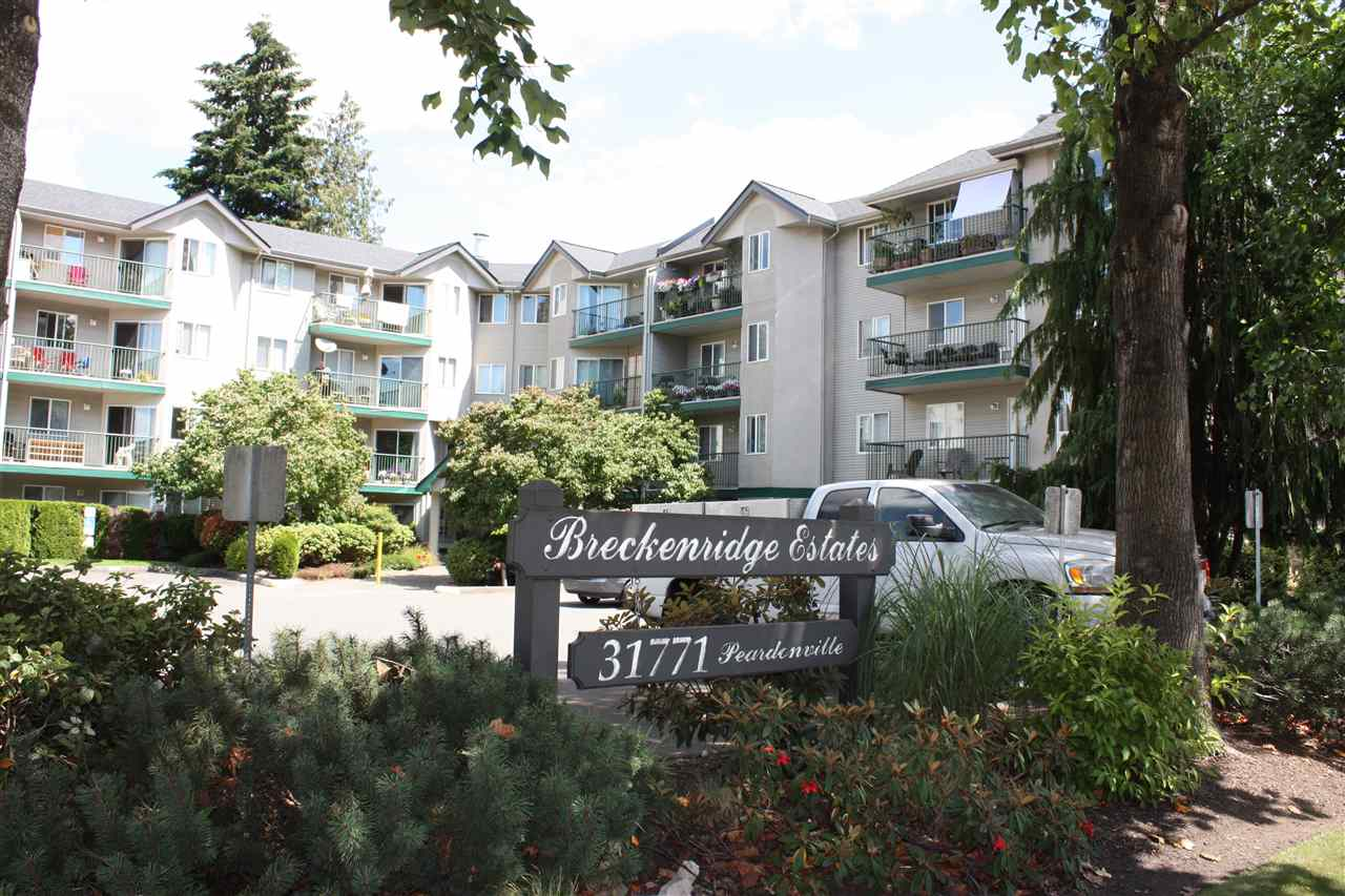 "Main Photo: 201 31771 PEARDONVILLE Road in Abbotsford: Abbotsford West Condo for sale in ""Breckinridge Estates"" : MLS® # R2092823"