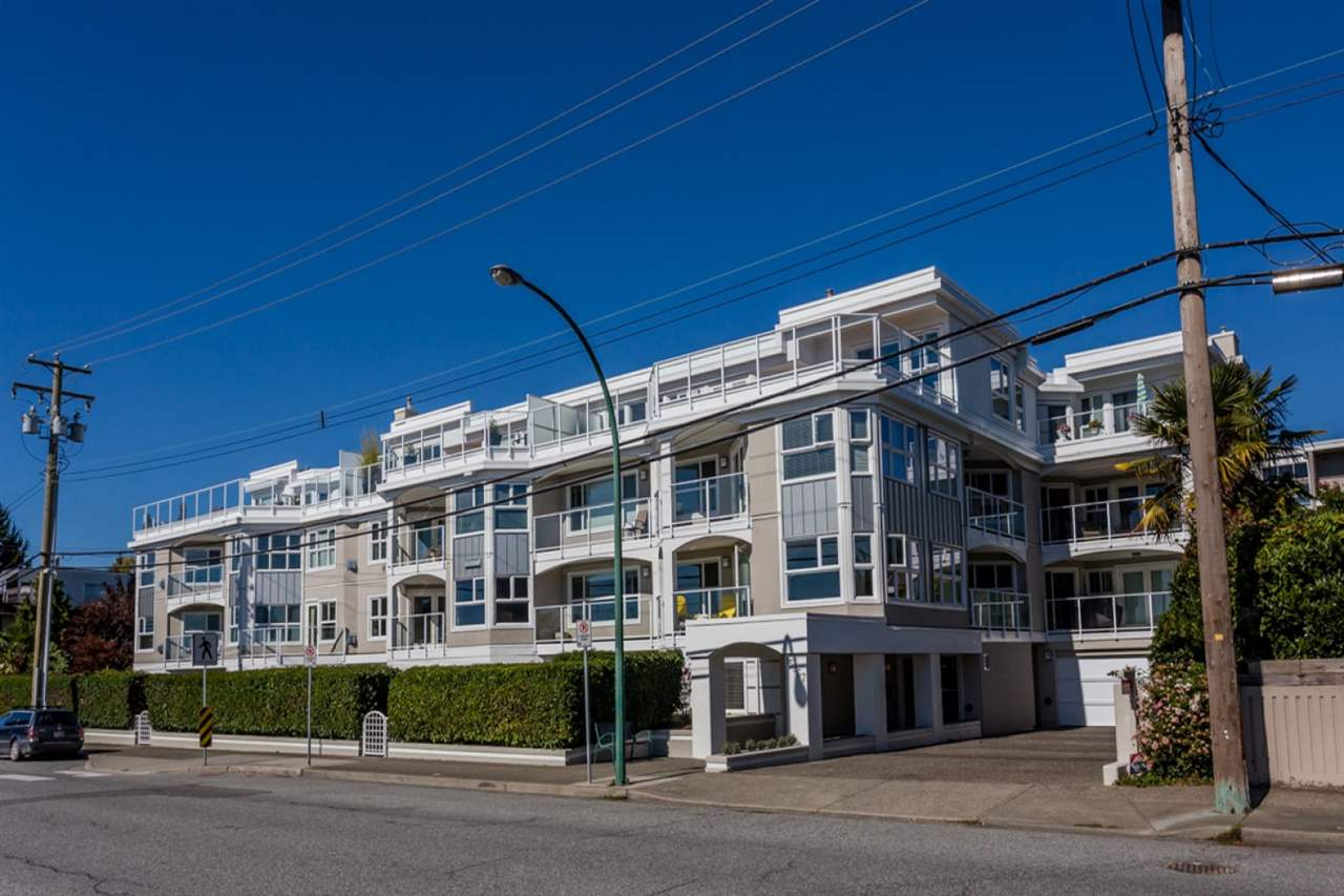 "Main Photo: 203 15367 BUENA VISTA Avenue: White Rock Condo for sale in ""The Palms"" (South Surrey White Rock)  : MLS® # R2093248"