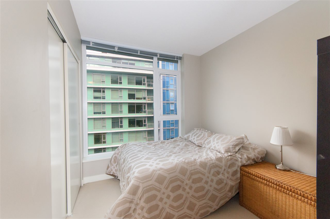 "Photo 13: 1503 7371 WESTMINSTER Highway in Richmond: Brighouse Condo for sale in ""Lotus"" : MLS® # R2135677"