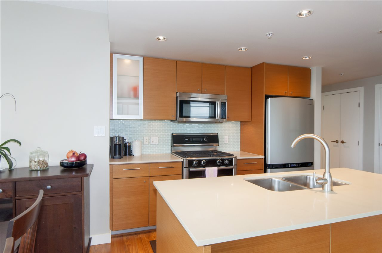 "Photo 8: 1503 7371 WESTMINSTER Highway in Richmond: Brighouse Condo for sale in ""Lotus"" : MLS® # R2135677"