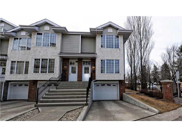 Main Photo:  in Edmonton: Zone 17 Townhouse for sale : MLS(r) # E4055969