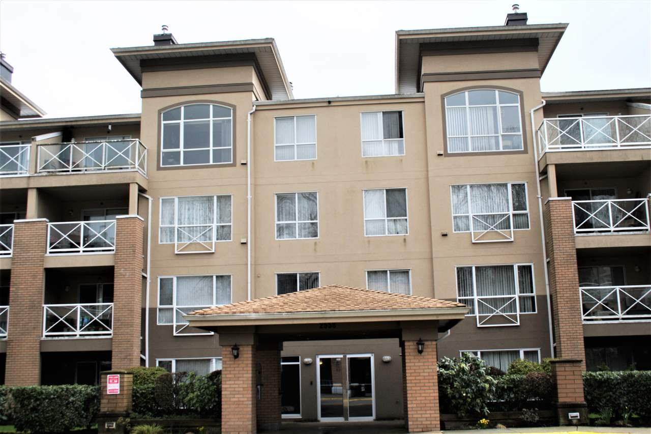 "Main Photo: 109 2558 PARKVIEW Lane in Port Coquitlam: Central Pt Coquitlam Condo for sale in ""THE CRESCENT"" : MLS® # R2151834"