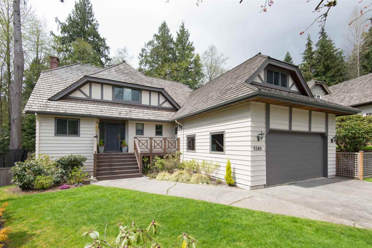 Main Photo: 5509 CLIFFRIDGE Place in North Vancouver: Canyon Heights NV House for sale : MLS(r) # R2156197