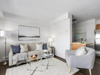 "Main Photo: 102 3788 W 10TH Avenue in Vancouver: Point Grey Condo for sale in ""The Grey Point"" (Vancouver West)  : MLS(r) # R2169435"