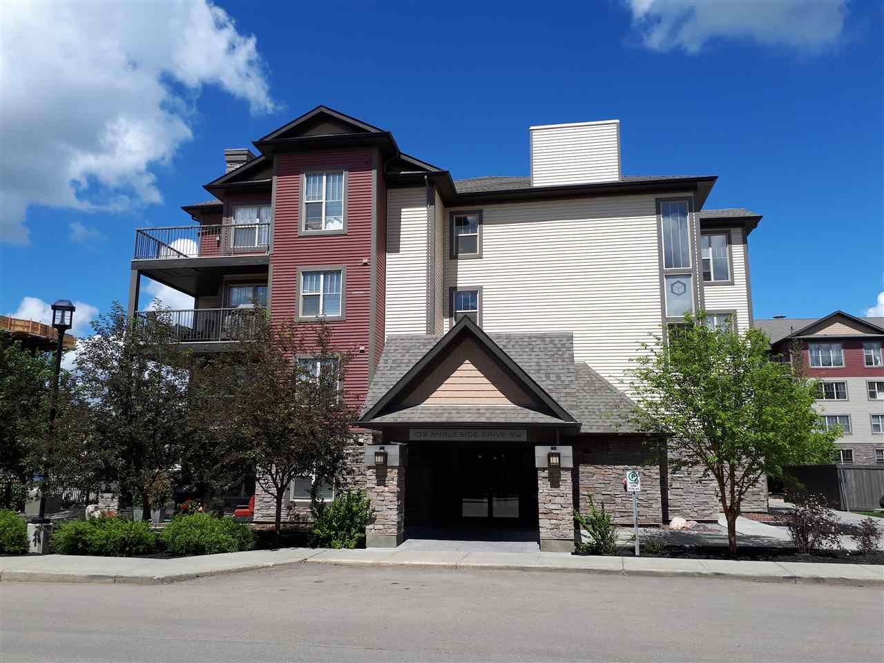 Main Photo: 307 103 AMBLESIDE Drive in Edmonton: Zone 56 Condo for sale : MLS(r) # E4065685