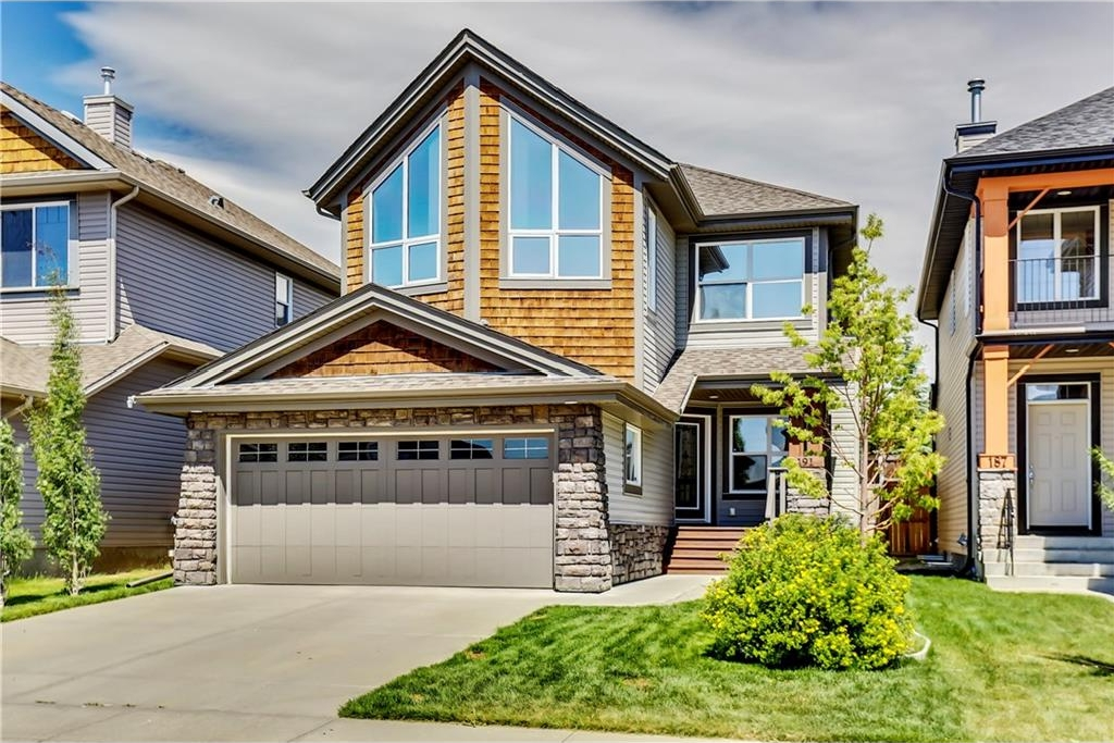 Main Photo: 191 TREMBLANT Way SW in Calgary: Springbank Hill House for sale : MLS(r) # C4125956