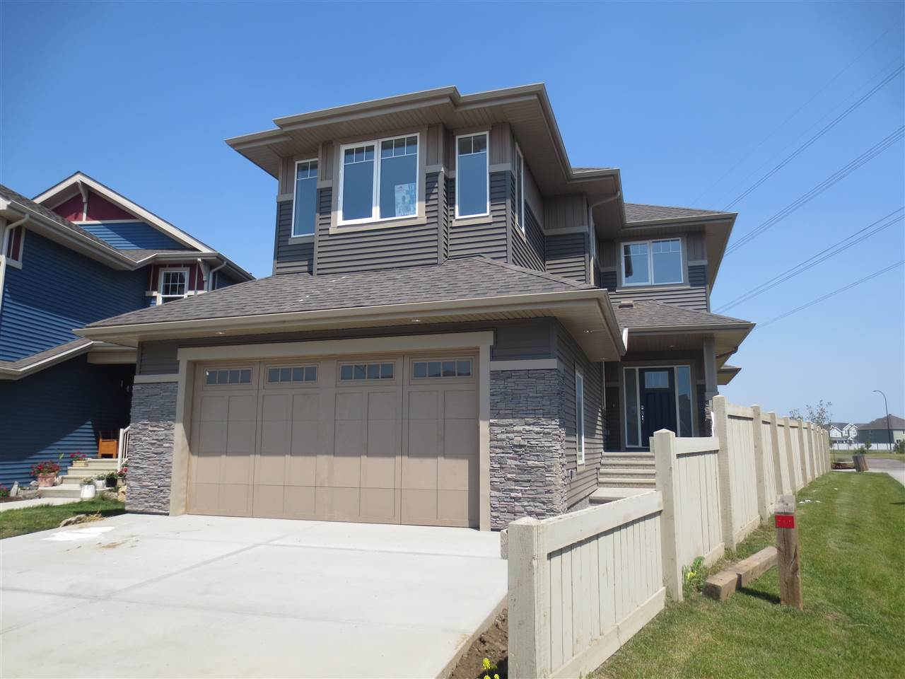 Main Photo: 4339 CRABAPPLE Crescent in Edmonton: Zone 53 House for sale : MLS® # E4073759