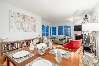 "Main Photo: 106 3280 W BROADWAY Avenue in Vancouver: Kitsilano Condo for sale in ""WESTPOINT"" (Vancouver West)  : MLS(r) # R2191011"