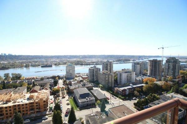 "Main Photo: 1701 320 ROYAL Avenue in New Westminster: Downtown NW Condo for sale in ""THE PEPPER TREE"" : MLS® # R2196193"