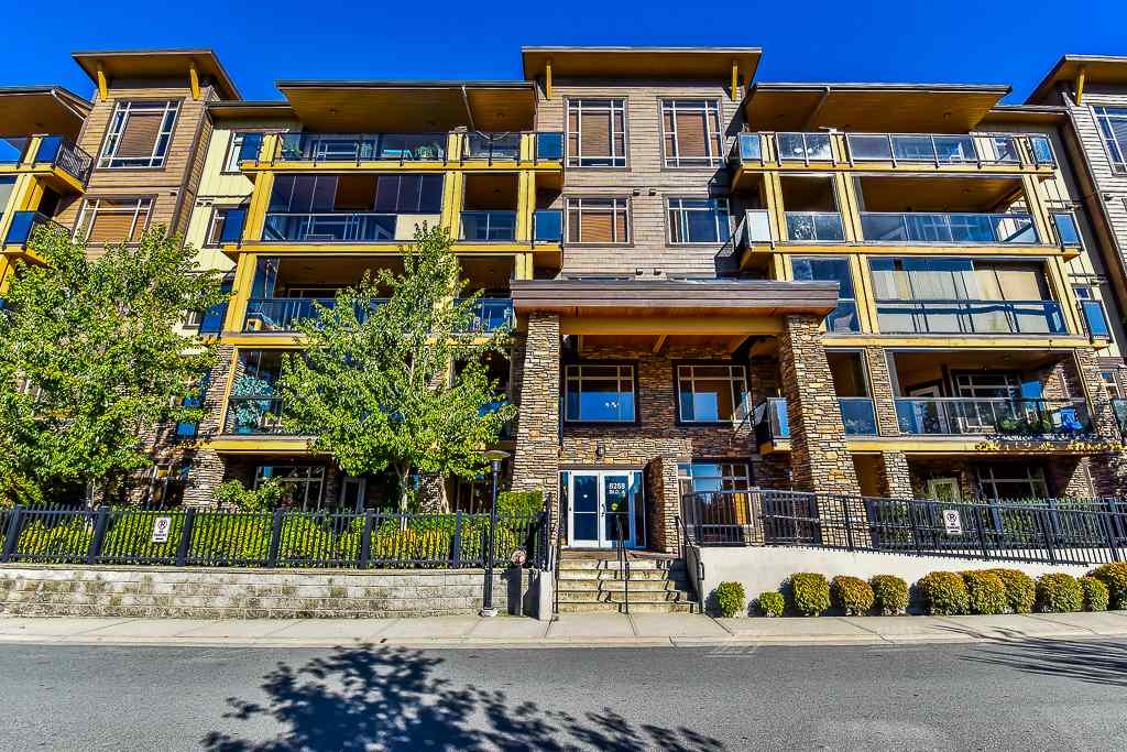 "Main Photo: 111 8258 207A Street in Langley: Willoughby Heights Condo for sale in ""YORKSON CREEK"" : MLS® # R2200627"