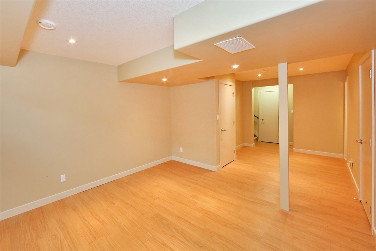 Photo 23: 7450 MAY Common in Edmonton: Zone 14 Attached Home for sale : MLS® # E4081423