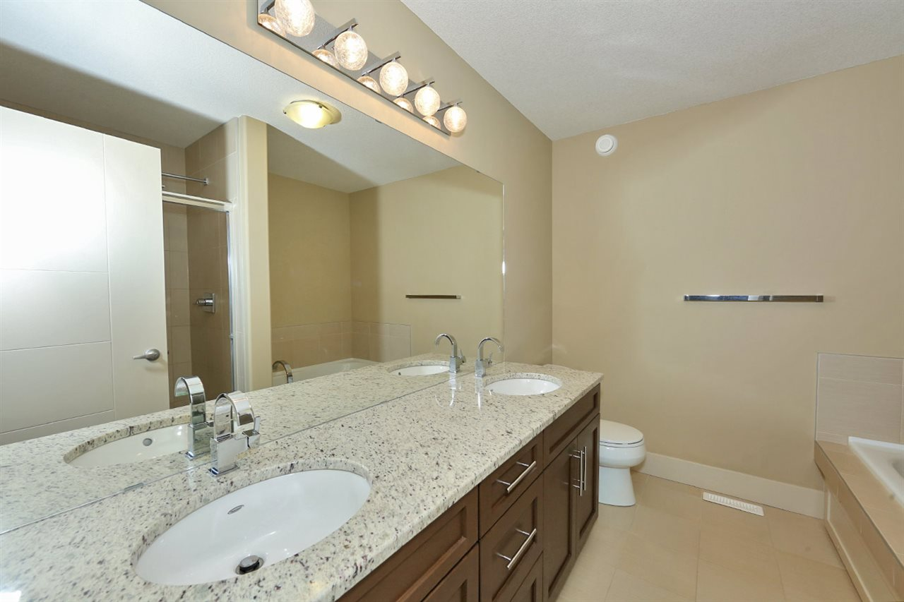 Photo 15: 7450 MAY Common in Edmonton: Zone 14 Attached Home for sale : MLS® # E4081423