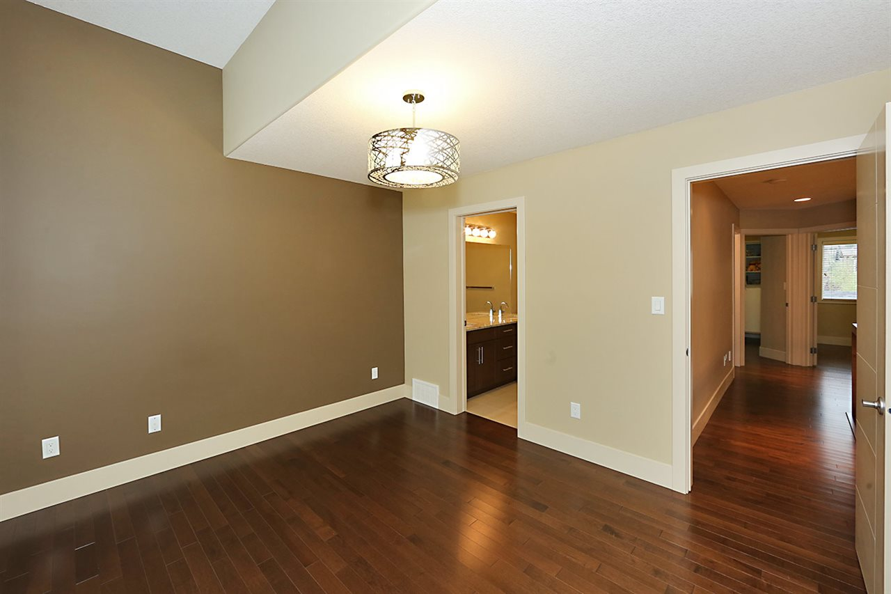 Photo 14: 7450 MAY Common in Edmonton: Zone 14 Attached Home for sale : MLS® # E4081423