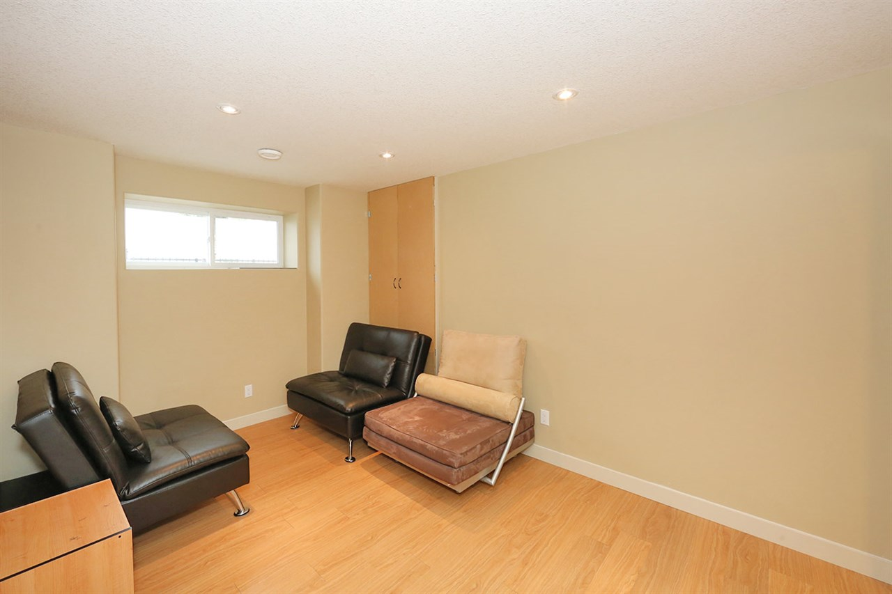 Photo 27: 7450 MAY Common in Edmonton: Zone 14 Attached Home for sale : MLS® # E4081423