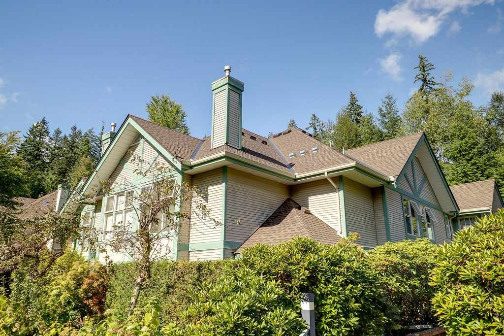 "Main Photo: 44 65 FOXWOOD Drive in Port Moody: Heritage Mountain Townhouse for sale in ""FOREST HILLS"" : MLS® # R2208203"