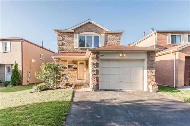 92 Radford Drive In Ajax Central West House 2 Storey For Sale