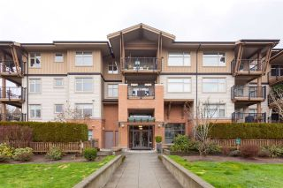 "Main Photo: 104 300 KLAHANIE Drive in Port Moody: Port Moody Centre Condo for sale in ""KLAHANIE"" : MLS® # R2237341"