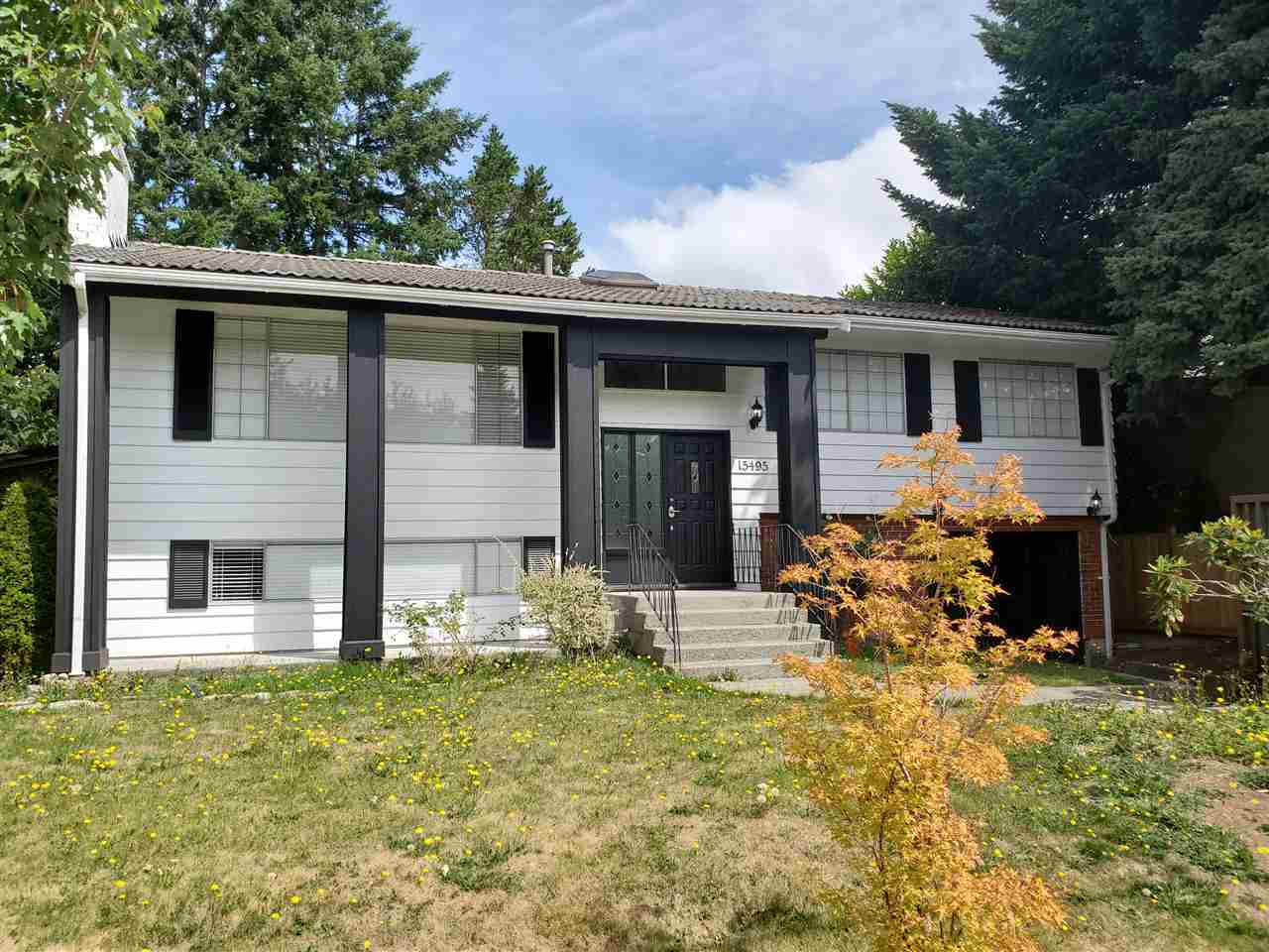FEATURED LISTING: 15495 OXENHAM Avenue White Rock