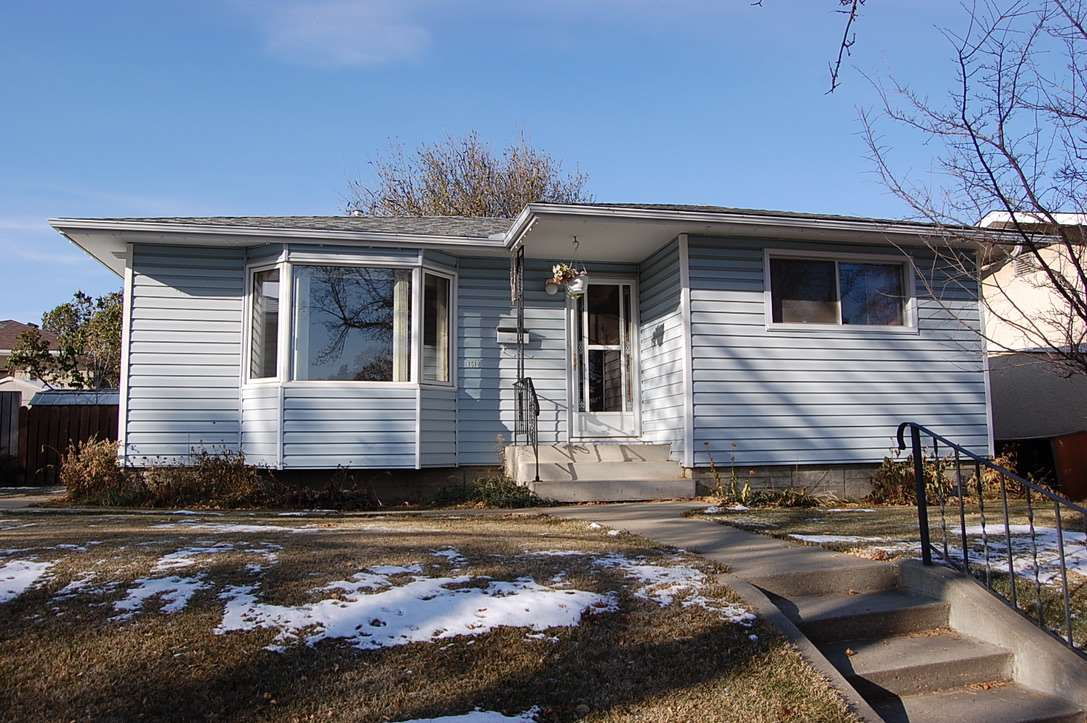 FEATURED LISTING: 15120 65 Street Edmonton