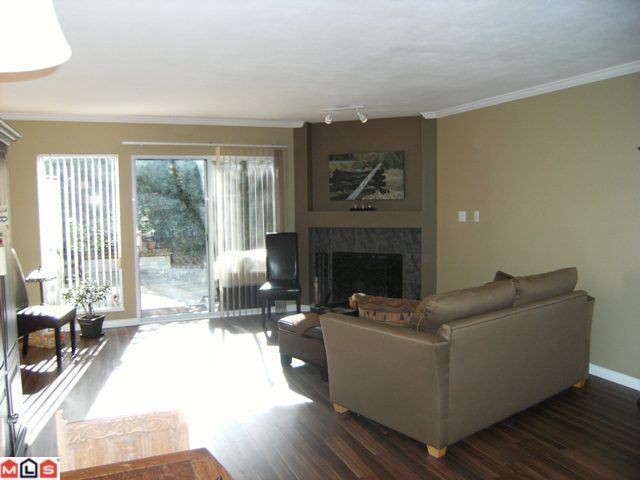 Photo 4: 15 1828 LILAC Drive in Surrey: King George Corridor Townhouse for sale (South Surrey White Rock)  : MLS(r) # F1106132