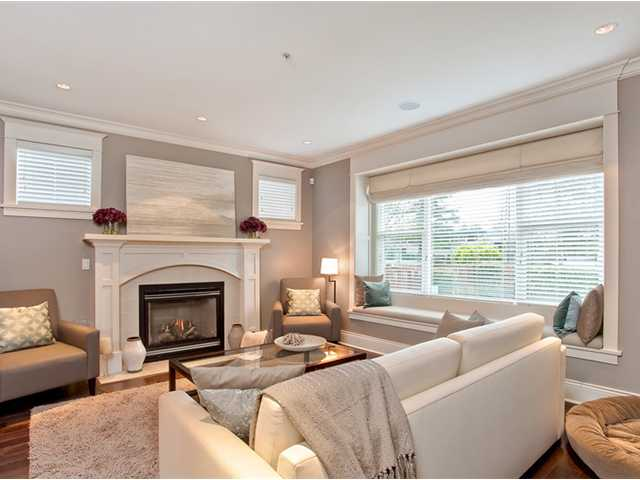 Photo 2: 2455 CAMBRIDGE Street in Vancouver: Hastings East House for sale (Vancouver East)  : MLS® # V881459