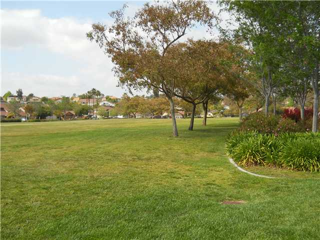 Photo 4: RANCHO SAN DIEGO House for sale : 4 bedrooms : 2019 Ontario in El Cajon