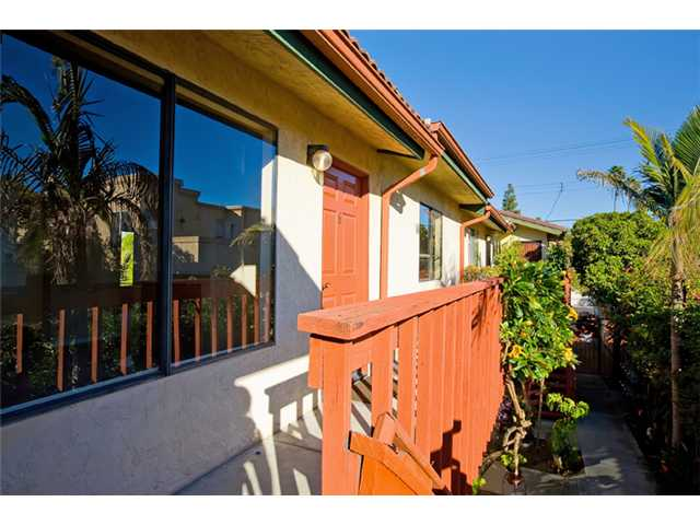 Photo 18: NORTH PARK Condo for sale : 2 bedrooms : 4033 Louisiana Street #6 in San Diego