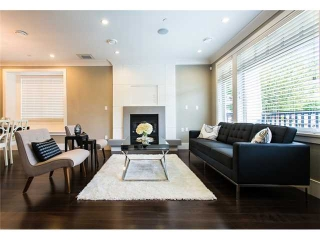 Main Photo: 19 W 17TH Avenue in Vancouver: Cambie House for sale (Vancouver West)  : MLS® # V948912