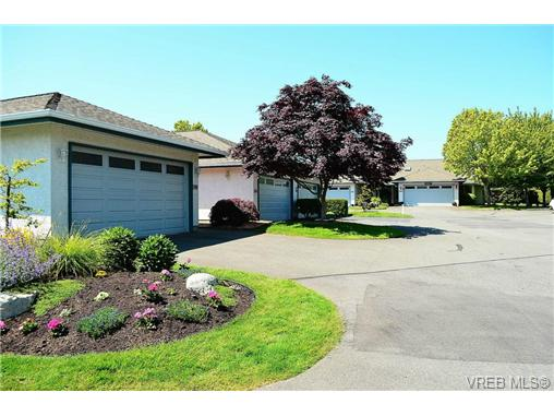 Photo 7: 127 2600 Ferguson Road in SAANICHTON: CS Turgoose Townhouse for sale (Central Saanich)  : MLS(r) # 351571