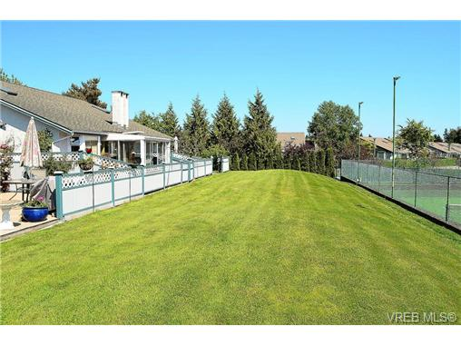 Photo 16: 127 2600 Ferguson Road in SAANICHTON: CS Turgoose Townhouse for sale (Central Saanich)  : MLS(r) # 351571