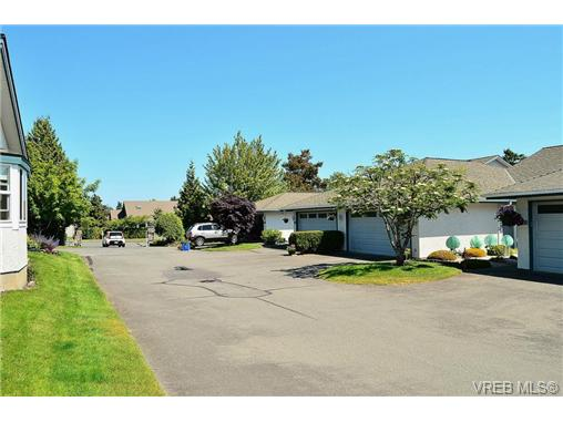 Photo 6: 127 2600 Ferguson Road in SAANICHTON: CS Turgoose Townhouse for sale (Central Saanich)  : MLS(r) # 351571