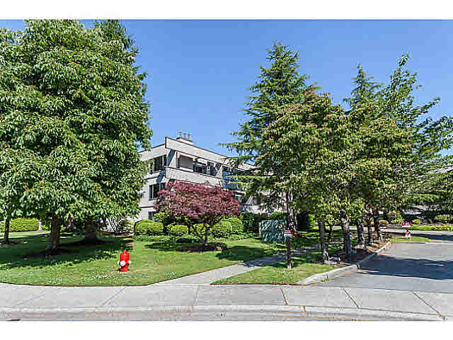 "Main Photo: 307 15275 19 Avenue in Surrey: King George Corridor Condo for sale in ""VILLAGE TERRACE"" (South Surrey White Rock)  : MLS® # F1445069"