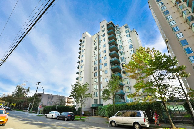 "Main Photo: 502 410 CARNARVON Street in New Westminster: Downtown NW Condo for sale in ""CARNARVON PLACE"" : MLS® # R2012718"