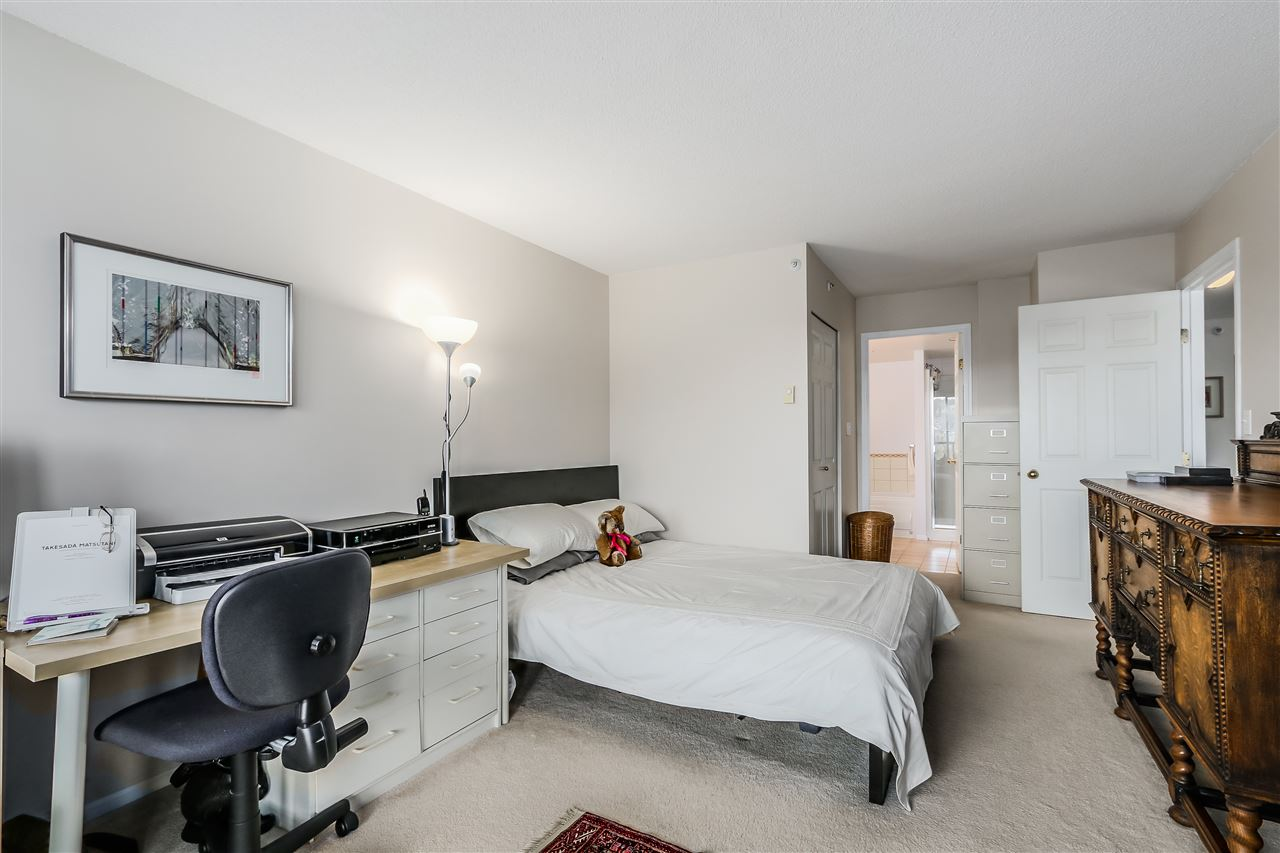 "Photo 9: 2002 3070 GUILDFORD Way in Coquitlam: North Coquitlam Condo for sale in ""Lakeside Terrace Tower"" : MLS® # R2015374"