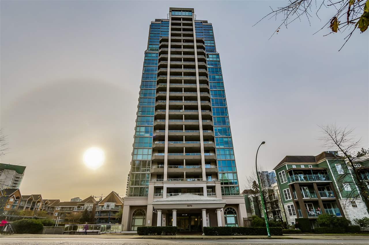 "Photo 15: 2002 3070 GUILDFORD Way in Coquitlam: North Coquitlam Condo for sale in ""Lakeside Terrace Tower"" : MLS® # R2015374"