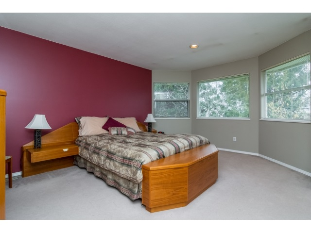 Photo 14: 14931 86 Avenue in Surrey: Bear Creek Green Timbers House for sale : MLS® # R2027276