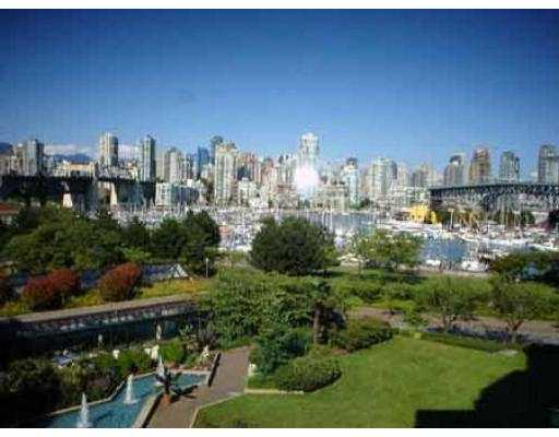Photo 8: 407 1490 PENNYFARTHING DR in Vancouver: False Creek Condo for sale (Vancouver West)  : MLS(r) # V549519