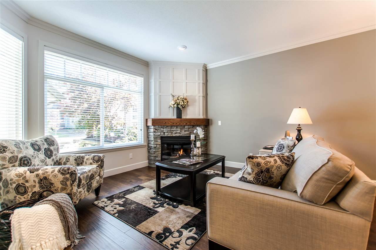 "Photo 6: 19 15151 26 Avenue in Surrey: Sunnyside Park Surrey Townhouse for sale in ""Westglen"" (South Surrey White Rock)  : MLS® # R2101497"