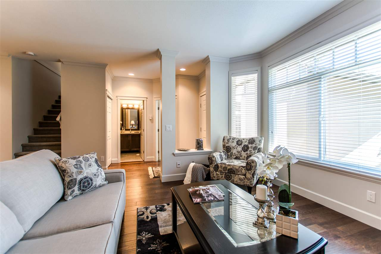 "Photo 5: 19 15151 26 Avenue in Surrey: Sunnyside Park Surrey Townhouse for sale in ""Westglen"" (South Surrey White Rock)  : MLS® # R2101497"