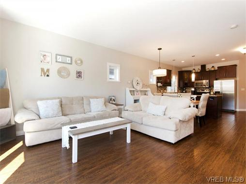 Photo 8: 3334 Turnstone Drive in VICTORIA: La Happy Valley Single Family Detached for sale (Langford)  : MLS® # 370141