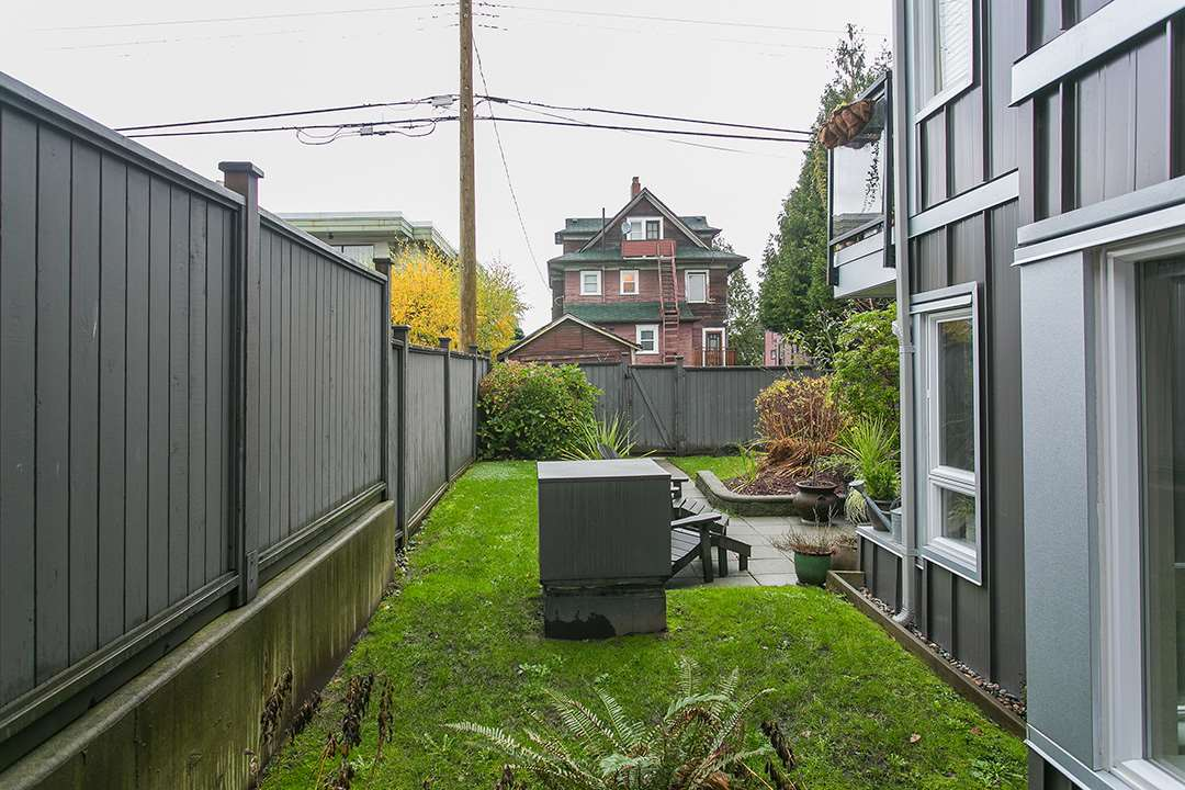 Photo 19: 104 659 E 8TH Avenue in Vancouver: Mount Pleasant VE Condo for sale (Vancouver East)  : MLS® # R2123602