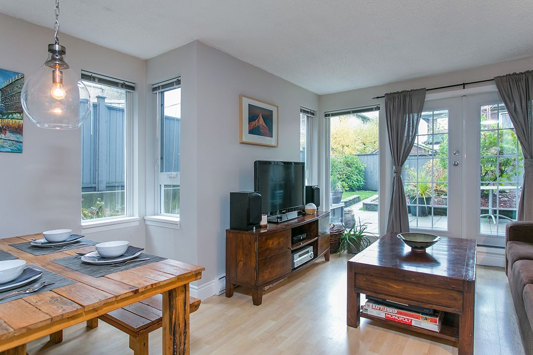 Photo 2: 104 659 E 8TH Avenue in Vancouver: Mount Pleasant VE Condo for sale (Vancouver East)  : MLS® # R2123602