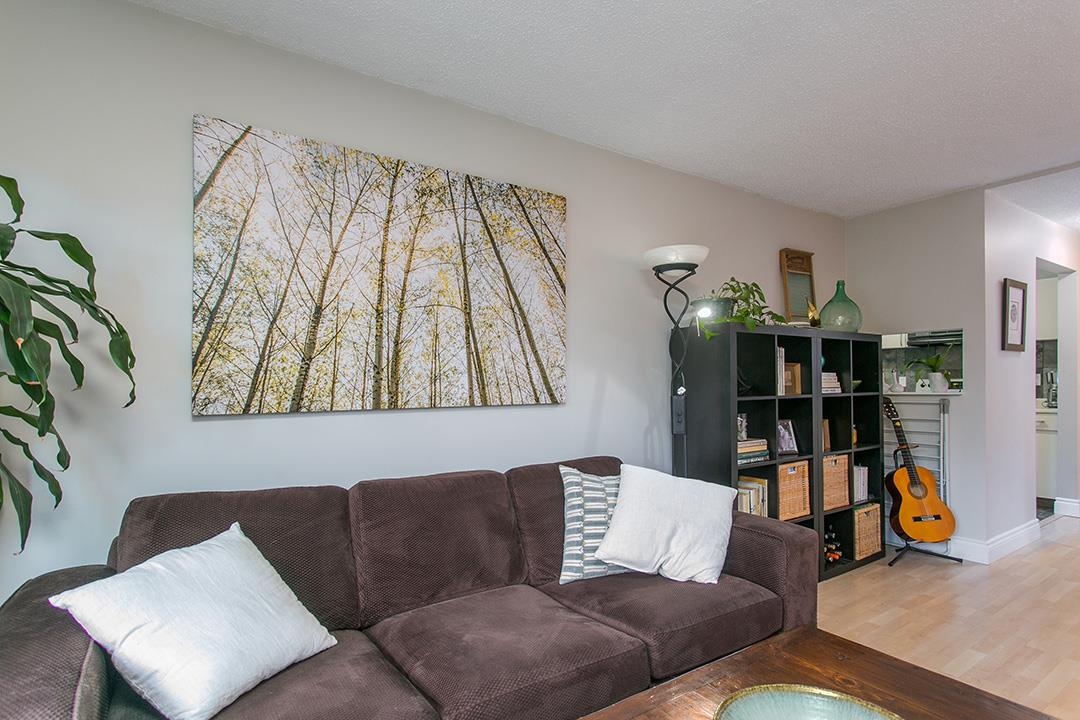Photo 5: 104 659 E 8TH Avenue in Vancouver: Mount Pleasant VE Condo for sale (Vancouver East)  : MLS® # R2123602