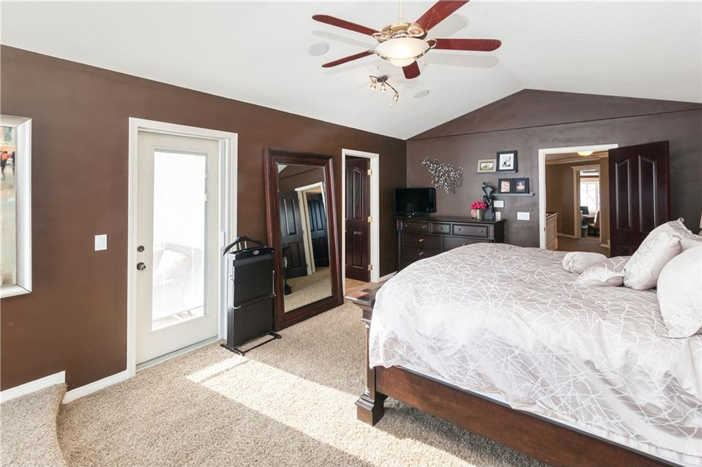 Photo 21: 464 WEST CHESTERMERE Drive: Chestermere House for sale : MLS(r) # C4101672