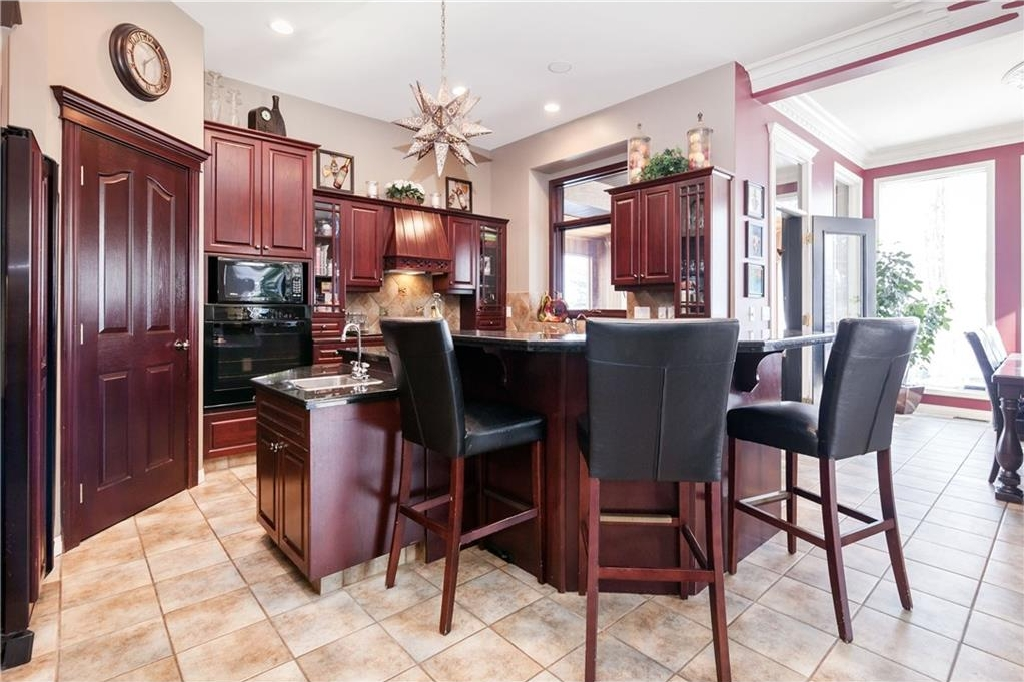 Photo 5: 464 WEST CHESTERMERE Drive: Chestermere House for sale : MLS(r) # C4101672