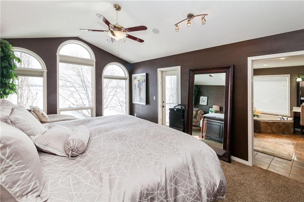 Photo 19: 464 WEST CHESTERMERE Drive: Chestermere House for sale : MLS(r) # C4101672