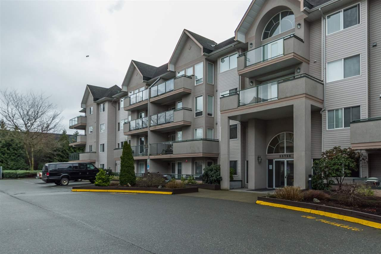 "Main Photo: 205 33728 KING Road in Abbotsford: Poplar Condo for sale in ""College Park"" : MLS® # R2150276"