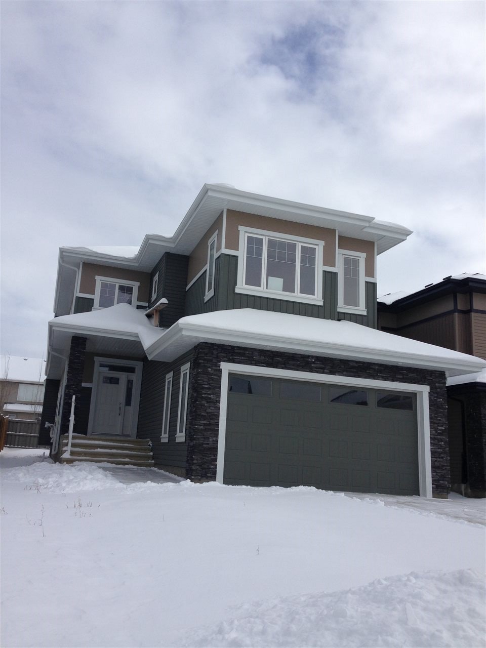 Main Photo: 1019 175 Street in Edmonton: Zone 56 House for sale : MLS(r) # E4058646